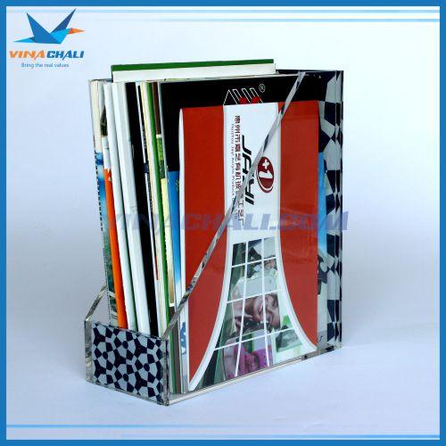 Kệ mica trưng bày sách A4