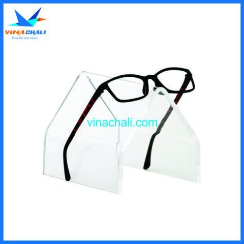 kệ trưng bày kính mắt 5 11